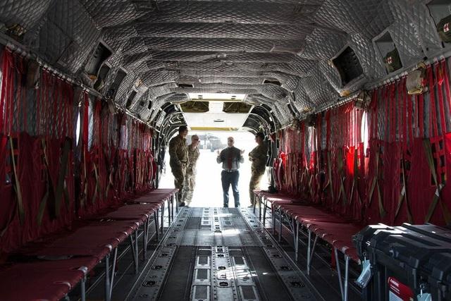 CH47-D Chinook có thể được sử dụng để hỗ trợ hoạt động chiến đấu hoặc cứu trợ nhân đạo.