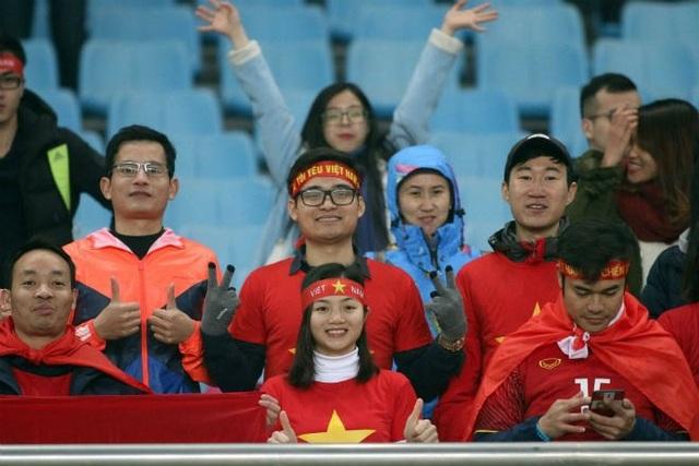 Người hâm mộ chờ đợi vào chiến tích lịch sử trước U23 Qatar