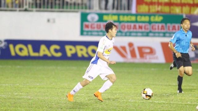 Văn Toàn có bàn thắng đầu tiên tại V-League năm nay