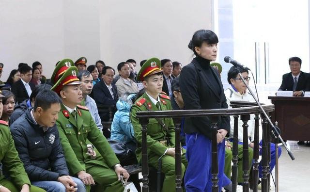 Cục Thi hành án dân sự Hà Nội mới ra quyết định chưa có điều kiện thi hành đối với số tiền trên 1.300 tỷ đồng phải thu hồi của bà Phạm Thị Bích Lương - nguyên Giám đốc Chi nhánh Agribank Nam Hà Nội.