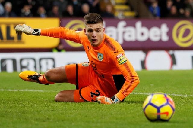 Nick Pope có nhiều pha cản phá xuất sắc trong trận đấu với Watford