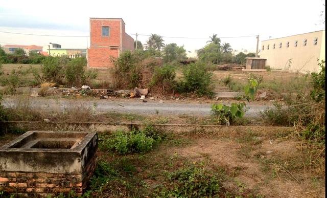 Dự án Khu dân cư Mỹ Yên tại huyện Bến Lức vẫn còn ngổn ngang sau 14 năm triển khai thực hiện.