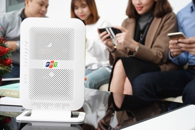 Tháng 1/2018, FPT Telecom tiếp tục tăng tốc độ, giữ nguyên cước cho thuê bao cáp quang, đồng thời còn ra mắt thiết bị Modem Wi-Fi chuẩn AC Mu-Mimo đầu tiên tại Việt Nam
