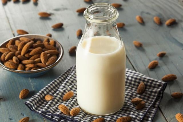 Từ sữa bò đến sữa hạt: Bạn chọn sữa nào? - 2