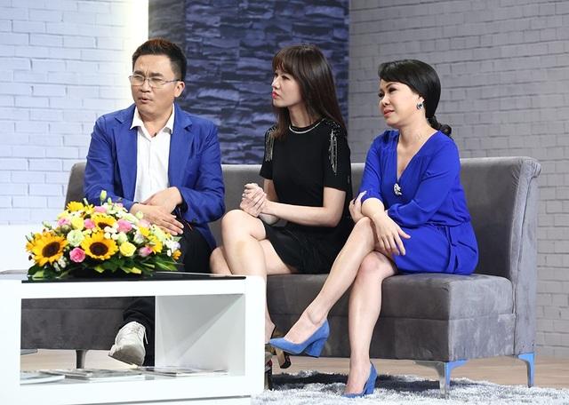 Hari Won đảm nhận vai trò dẫn chuyện cùng diễn viên hài Việt Hương và Đại Nghĩa