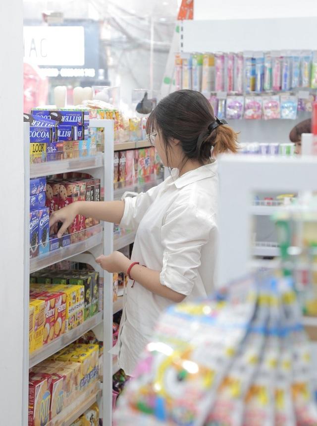 Các mặt hàng Nhật rất được yêu thích tại Việt Nam bởi chất lượng và sự đa dạng với 3 ngành hàng chính: mẹ và bé, mỹ phẩm và thực phẩm, dù giá cao hơn hàng Trung Quốc, Thái Lan và Hàn Quốc