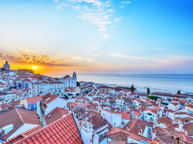 Các thành phố ven biển được yêu thích nhất thế giới - 11