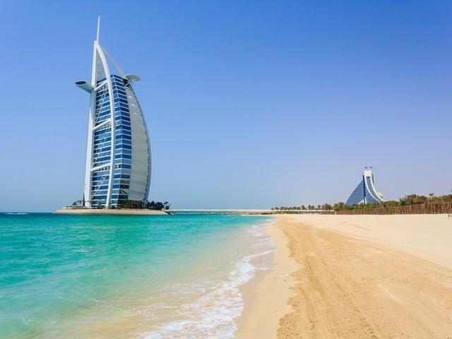Các thành phố ven biển được yêu thích nhất thế giới - 12