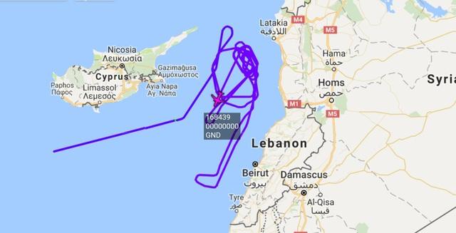 Lộ trình hoạt động của máy bay P-8A hôm 10/4 (Ảnh: Almasdar News),