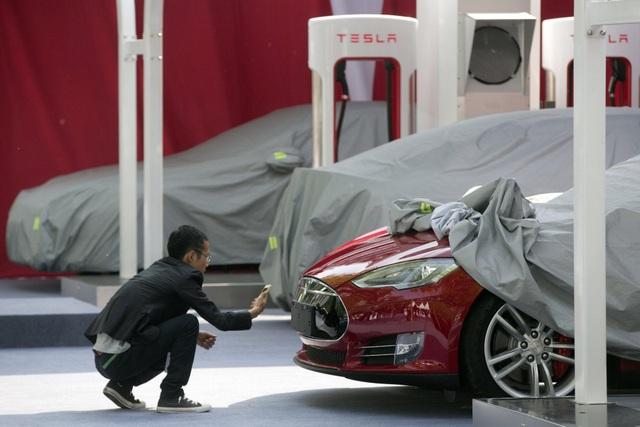 Cuộc chiến thương mại Mỹ - Trung: Tesla lo ngay ngáy - 1