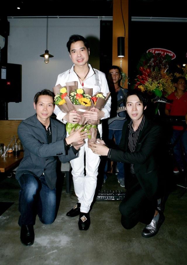 Ngọc Sơn đến chúc mừng học trò Lâm Ngọc Huỳnh và Sinti Quang Ngọc - 4