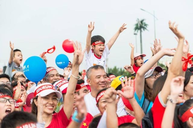 Được tổ chức tại Hà Nội vào ngày 01/04 và tại Tp. Hồ Chí Minh ngày 08/04, ở mỗi nơi EDURUN đều mang đến một không khí vô cùng sôi nổi và hào hứng.