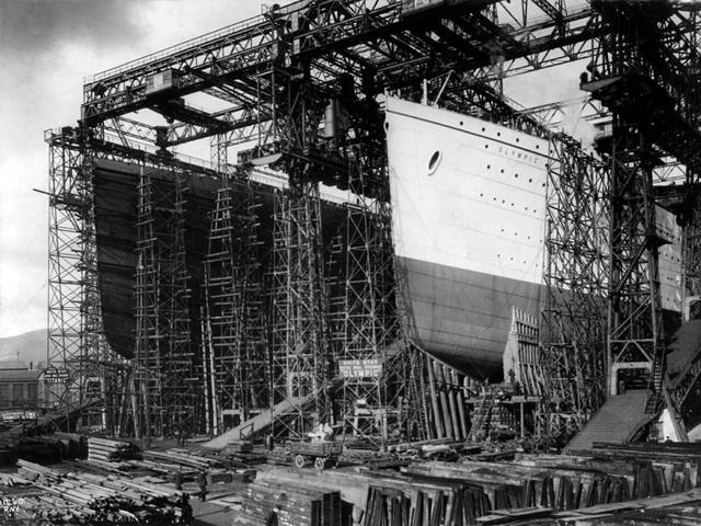 Quá trình đóng tàu Titanic cũng không phải không có bi kịch.