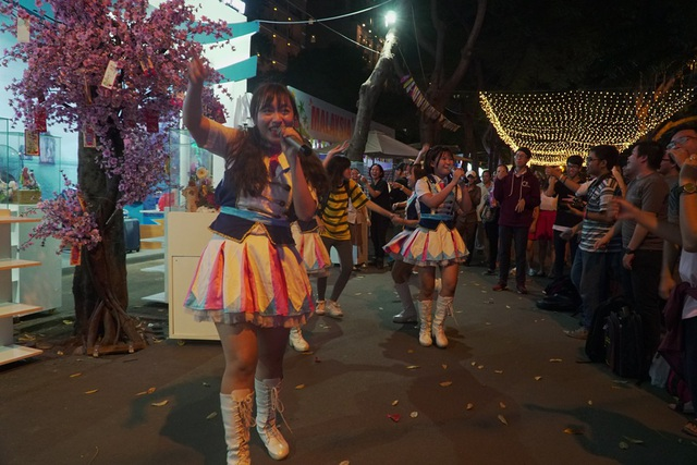 Chợ Lớn Tourist thu hút khách bằng chương trình âm nhạc phong cách Cosplay