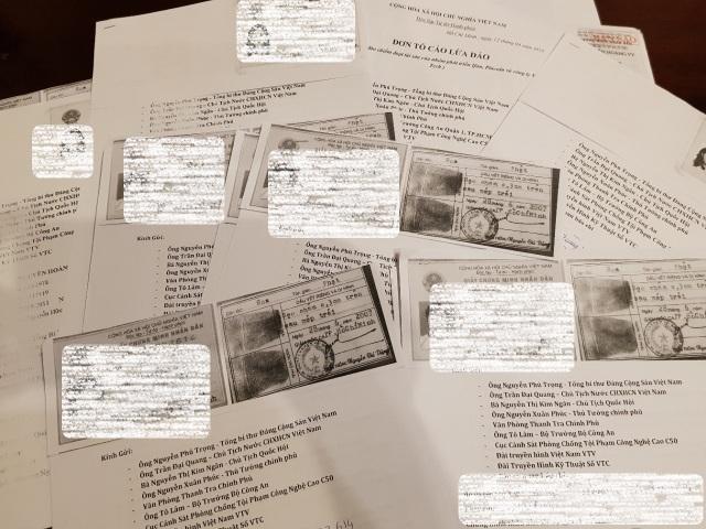 Hàng trăm lá đơn của các nhà đầu tư đã gửi đến cơ quan chức năng về tố cáo hệ thống iFan lừa đảo