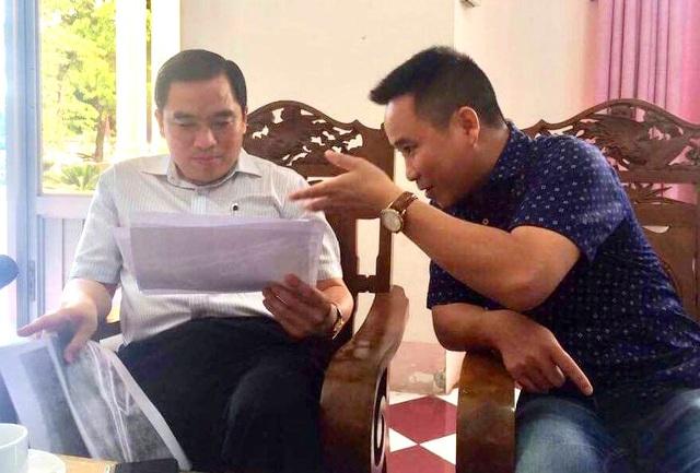 PV Dân trí cung cấp hình ảnh các khu vực đang có dấu hiệu xẻ thịt đất nông nghiệp, san lấp ồ ạt, đấu nối giao thông tràn lan cho ông Huỳnh Quang Hưng, Phó Chủ tịch UBND huyện Phú Quốc.