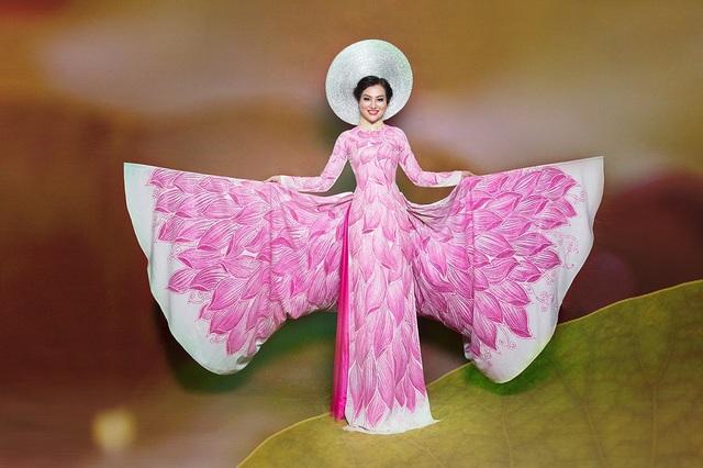 Nữ Hoàng Trần Huyền Nhung lộng lẫy với quốc phục sen hồng của NTK Tuấn Hải - 6