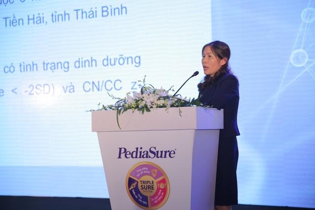 PGS.TS.BS Ninh Thị Nhung trình bày kết quả nghiên cứu tại hội thảo