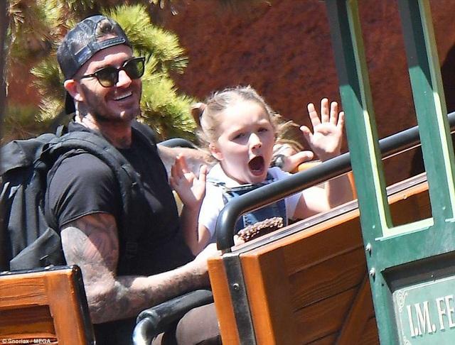 Cựu danh thủ David Beckham bên con gái cưng Harper, 6 tuổi