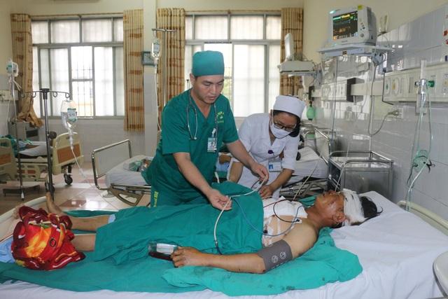Bệnh nhân Hà được đội ngũ y bác sỹ Bệnh viện Đa khoa tỉnh Thanh Hóa cứu sống thần kỳ.