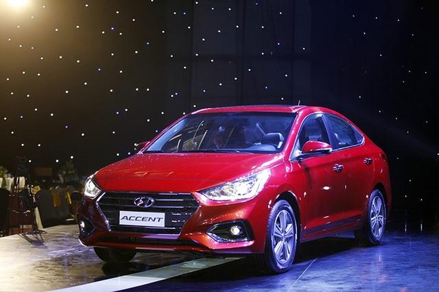 Hyundai Accent có tỉ lệ nội địa hoá 12% cùng doanh số bán khá tốt nên nhiều khả năng sẽ được hưởng thuế nhập khẩu linh kiện ưu đãi 0% (đáp ứng yêu cầu về tổng doanh số và riêng một dòng xe Grand i10), ngoài việc hưởng thuế Tiêu thụ đặc biệt chỉ còn 35% (giảm 5% so với năm ngoái)...