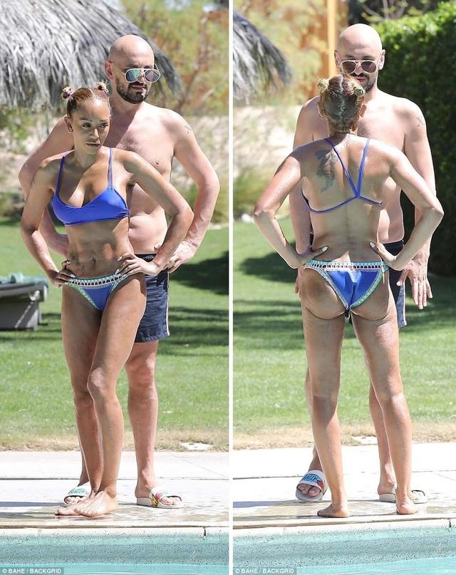 Mel B đang đi nghỉ tại một suối nước nóng ở California với cậu bạn thân, nhà tạo mẫu tóc Gary Madatyan.