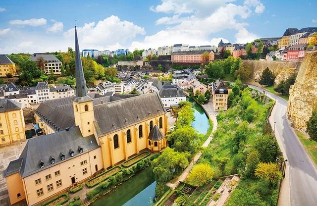 Mỗi năm, châu Âu nhận được hàng chục tỷ EUR từ nguồn đầu tư cá nhân với chương trình Golden Visa
