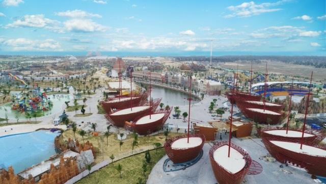 Cổng chào vào Vinpearl Resort & Spa Nam Hội An