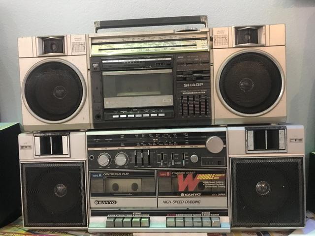 Người đi buôn kỷ niệm, 27 năm gắn bó với đài cassette - 4