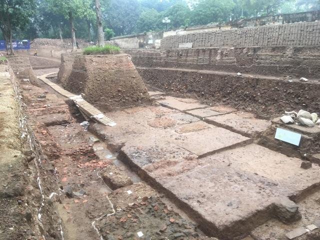 Phát lộ dấu tích cung điện thời Lê sơ ở Hoàng thành Thăng Long - 1