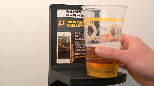 Chiếc kệ đựng bia LavCup của Matt Williams. Ảnh: CNBC