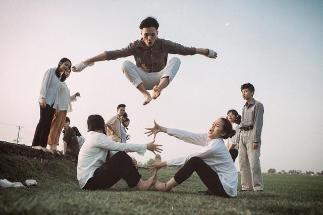 """Ảnh kỷ yếu """"trở về tuổi thơ"""" đầy cảm xúc của học sinh Ninh Bình - 10"""