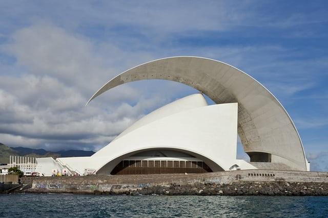 Những tòa nhà độc đáo và hiện đại nhất hành tinh - 11