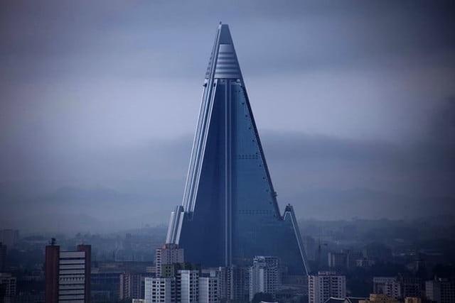 Những tòa nhà độc đáo và hiện đại nhất hành tinh - 19