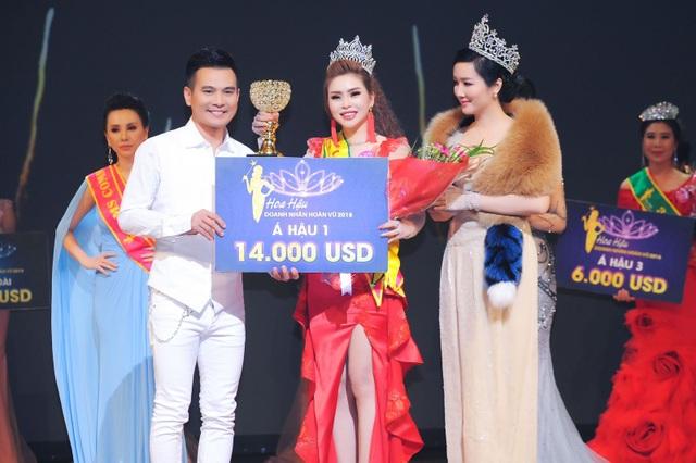 Vũ Thanh Thảo đăng quang Á hậu 1 tại Hoa hậu Doanh Nhân Hoàn Vũ 2018 - 10
