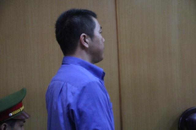 Nguyên CSGT Nguyễn Cảnh Chân bị truy tố tội môi giới hối lộ.