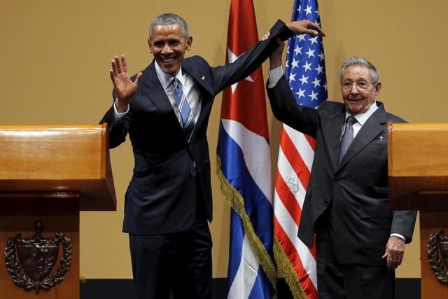 Cuba và Mỹ đã chính thức bình thường hóa quan hệ ngoại giao vào tháng 12/2004 sau nhiều thập niên thù địch. Ông Obama là tổng thống Mỹ đương nhiệm đầu tiên thăm Cuba trong 88 năm.