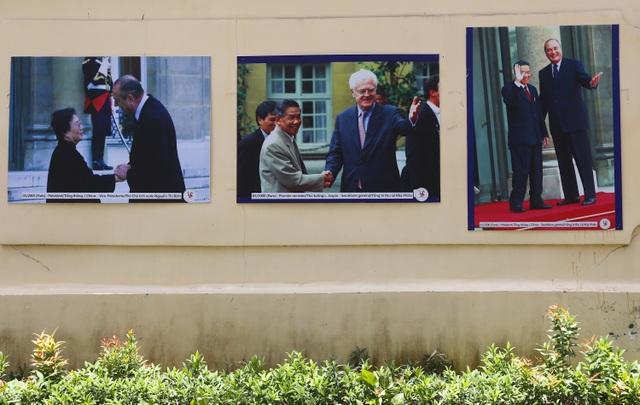 Những hình ảnh về các cuộc gặp gỡ giữa lãnh đạo 2 nước qua các thời kỳ.