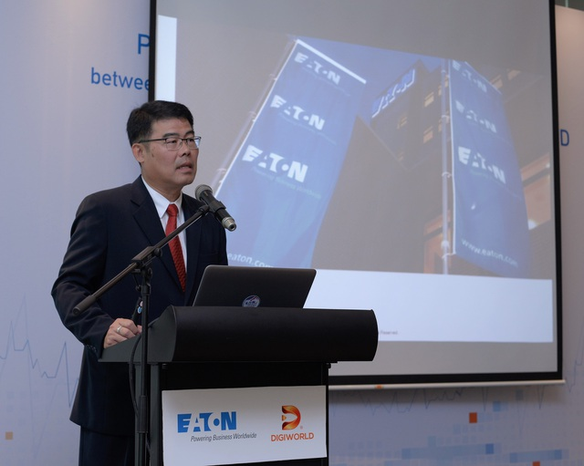 Ông Pichai Suthijintatip chia sẻ thông tin về tập đoàn Eaton