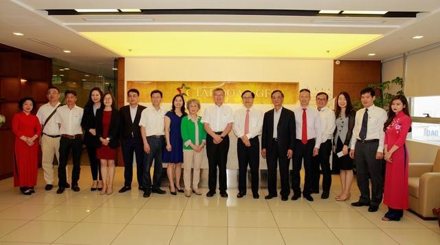 Đoàn công tác Tập đoàn Sunward đã có buổi tìm hiểu và ký kết thành công tại Tập đoàn GFS.