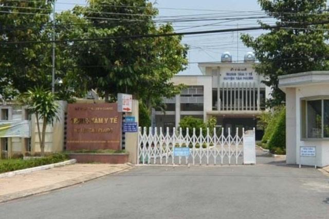 Trung tâm y tế huyện Tân Phước, nơi có nhân viên y tế phát nhầm thuốc cho thai phụ