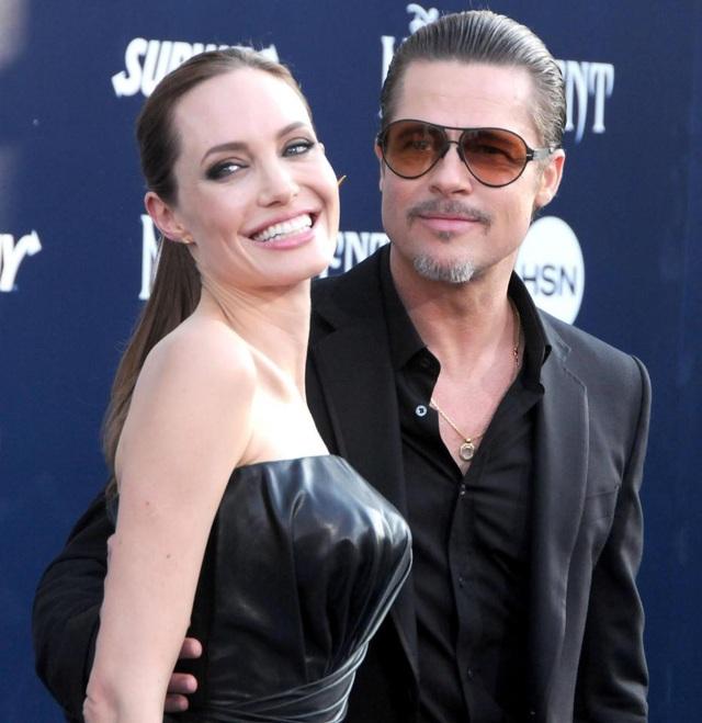 Nữ diễn viên Angelina Jolie, 42 tuổi, và nam tài tử Brad Pitt, 54 tuổi