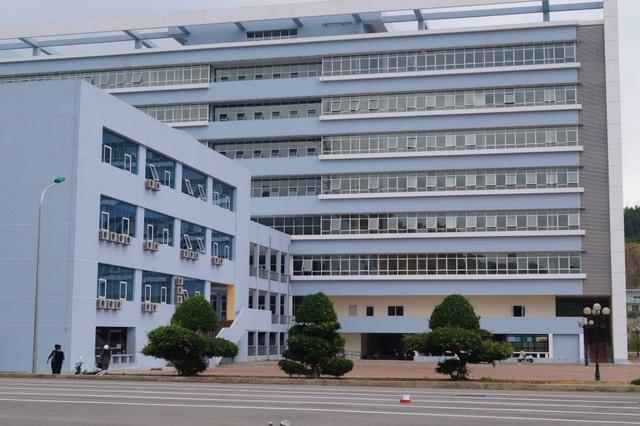 Bệnh viện Đa khoa tỉnh Bắc Kạn, nơi xảy ra vụ chồng bệnh nhân hành hung nữ bác sĩ và điều dưỡng (Ảnh: Trung tâm Truyền thông Giáo dục sức khỏe Bắc Kạn).
