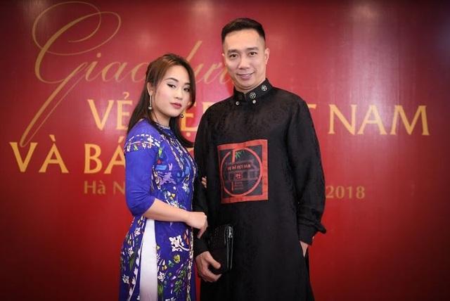 Diễn viên Diễm Hằng (trái) cũng có mặt.
