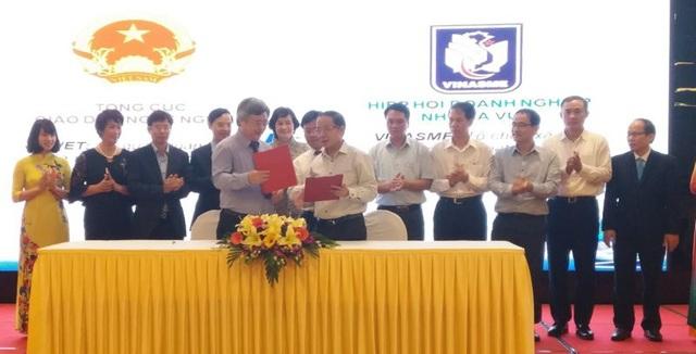 Lễ ký kết giữa Tổng cục Giáo dục nghề nghiệp và các Hiệp hội về liên kết đào tạo nhân lực năm 2018.