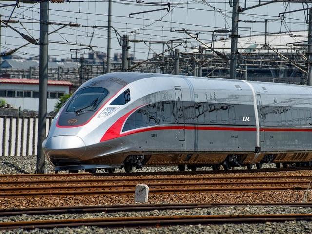 10 chuyến tàu tốc hành nhanh nhất thế giới - 2
