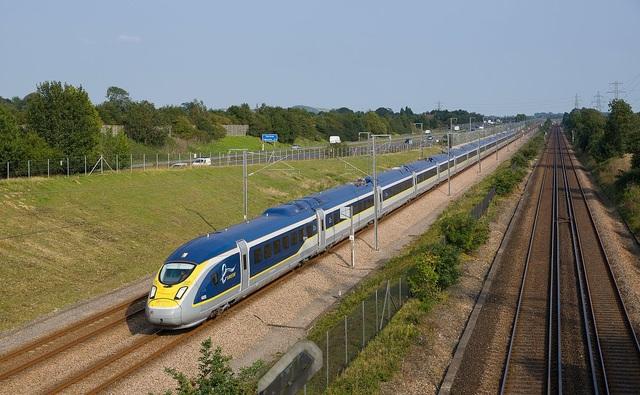 10 chuyến tàu tốc hành nhanh nhất thế giới - 9