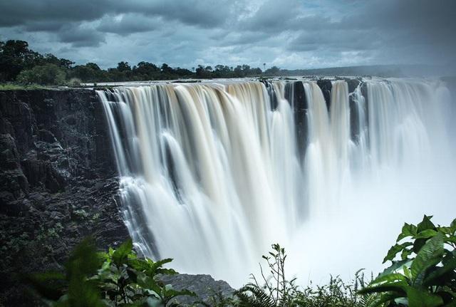Vẻ đẹp hùng vĩ của thác nước Victoria, thác nước lớn thứ 4 thế giới hiện nay
