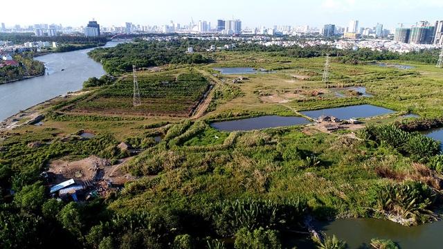 Hiện tại, khu đất này vẫn đang bị bỏ hoang.