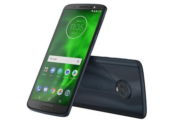 Moto G6 và G6 Plus có thiết kế tương đương nhau, với cảm biến vân tay nằm ở mặt trước (đây chỉ là cảm biến vân tay chứ không phải là nút Home vật lý)